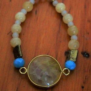 Delicate Beaded Bracelet with Yellow Pendant Stone